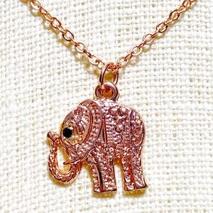 ⚫️ Rose Gold Animal Elephant Pendant Necklace